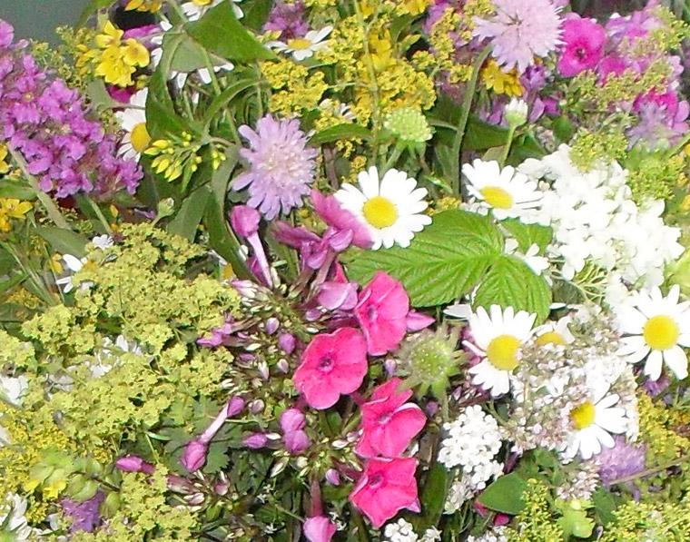 Blumensträuße - KLINGBLUME - Ihr Blumenladen in Neusäß